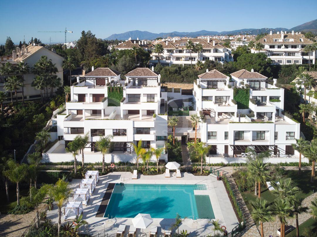 Ground Floor Duplex te koop in Lomas del Rey, Marbella Golden Mile