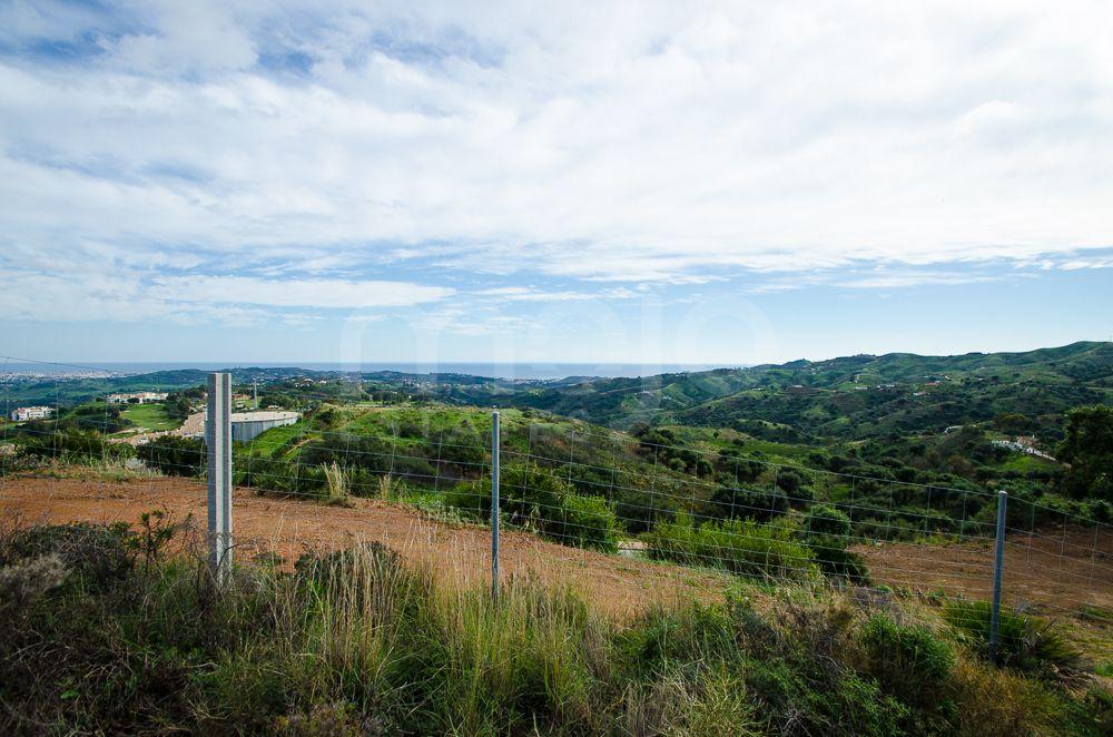 EXCELLENT INVESTMENT OPPORTUNITY BUILDING PLOT FOR VILLA AT LA CALA GOLF MIJAS