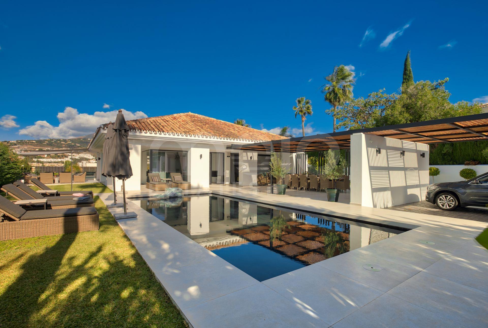 Villa en vente à Los Naranjos, Marbella