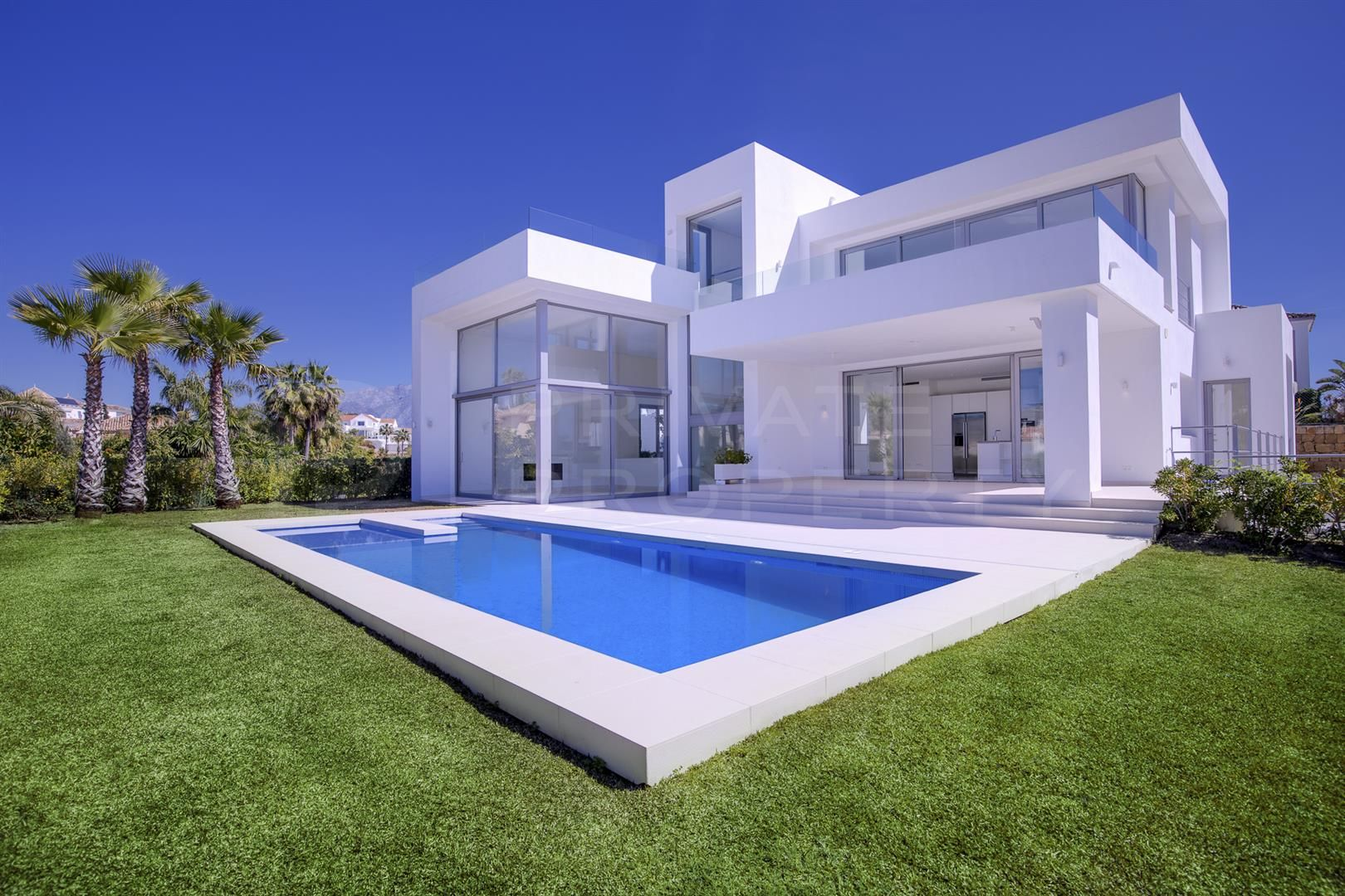 Modern villa in El Capitan, Benahavis
