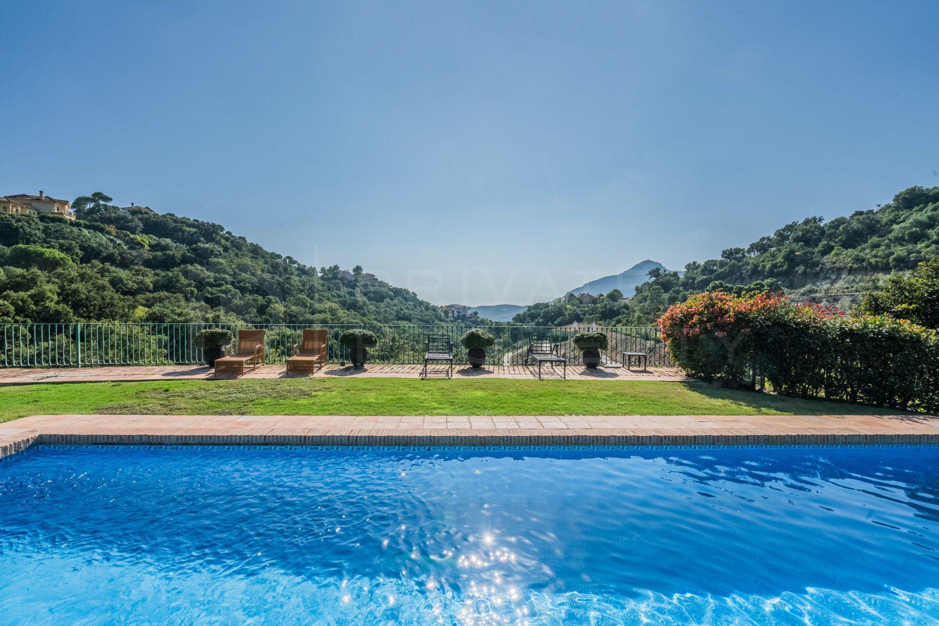 Andalusian style villa in La Zagaleta