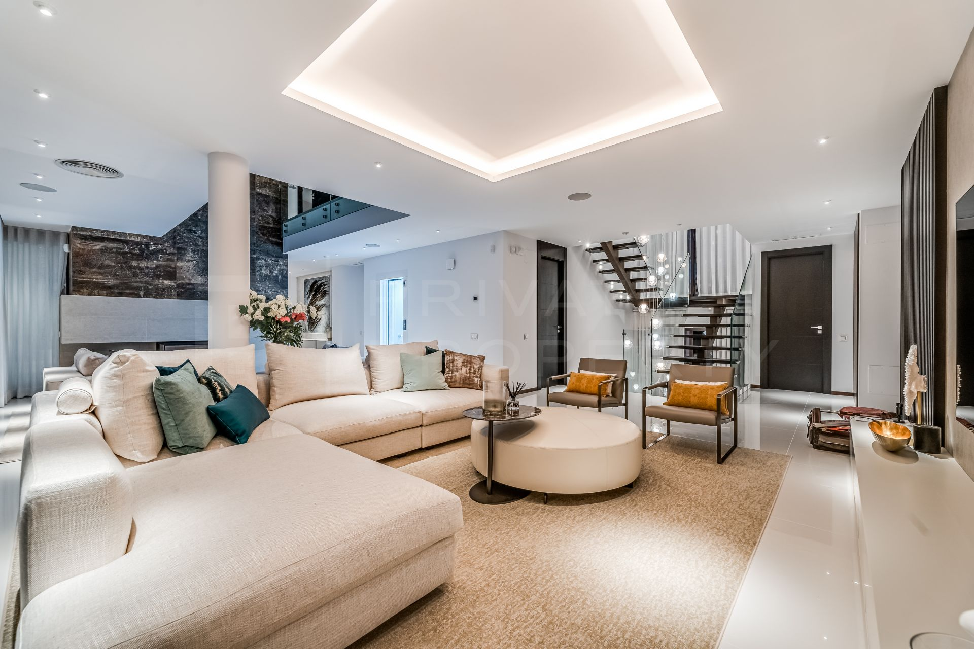 Modern beachside villa on the Golden Mile