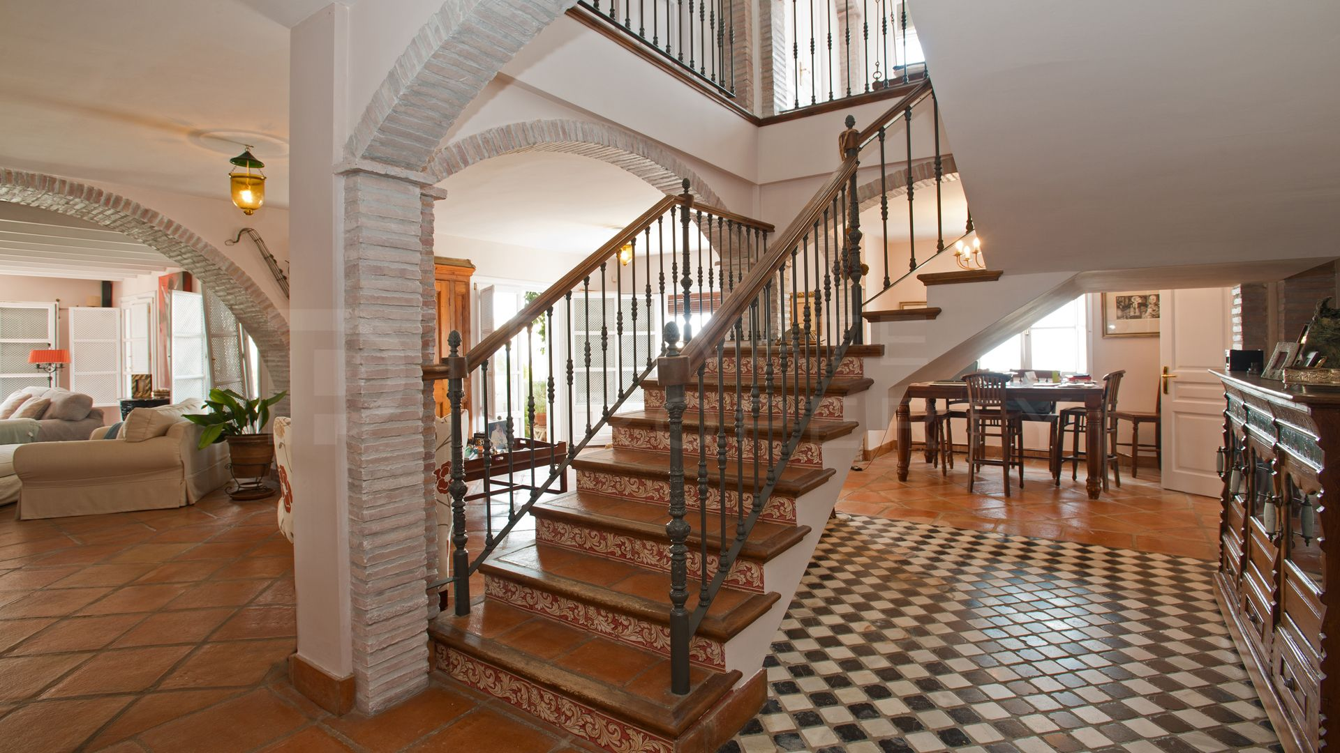 Townhouse for rent in La Heredia