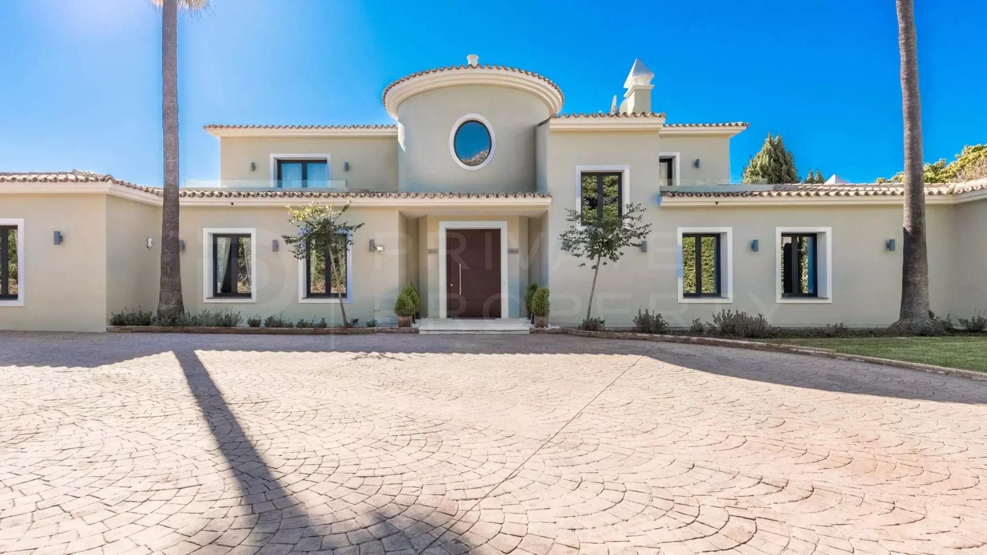 Villa for rent in Marbella Hill Club, Marbella