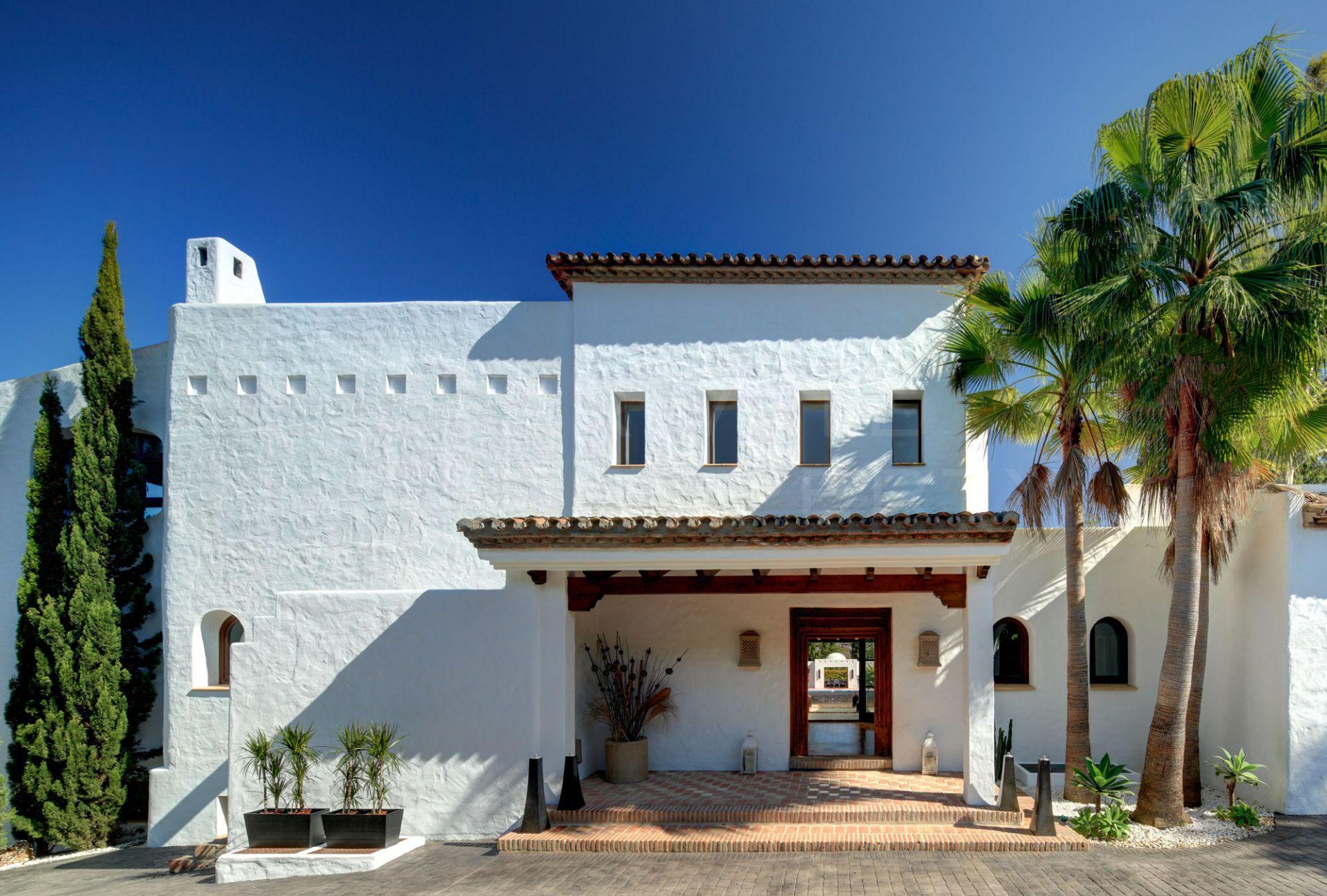 Immaculate villa in Puerto Banus