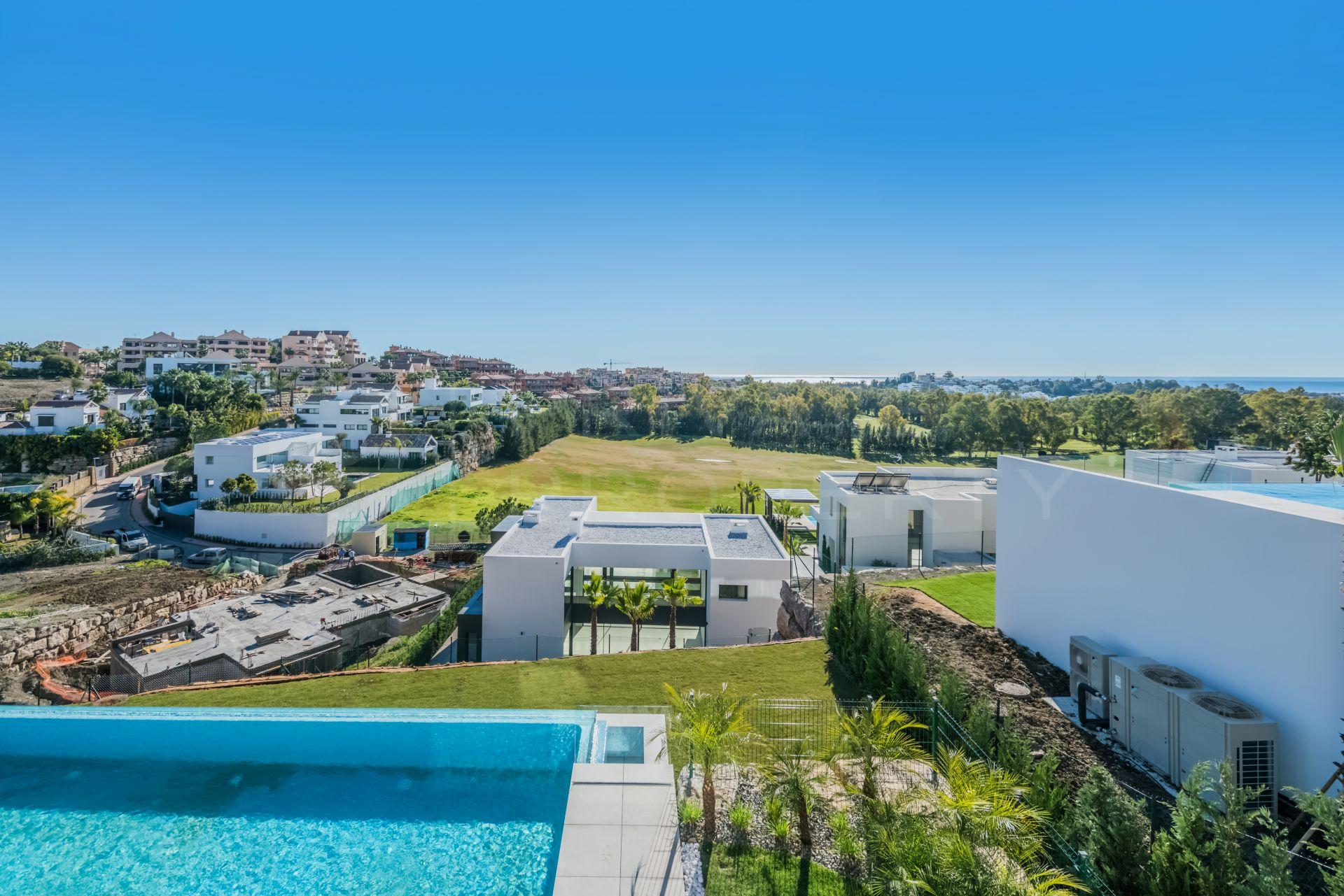 Contemporary villa in La Alqueria