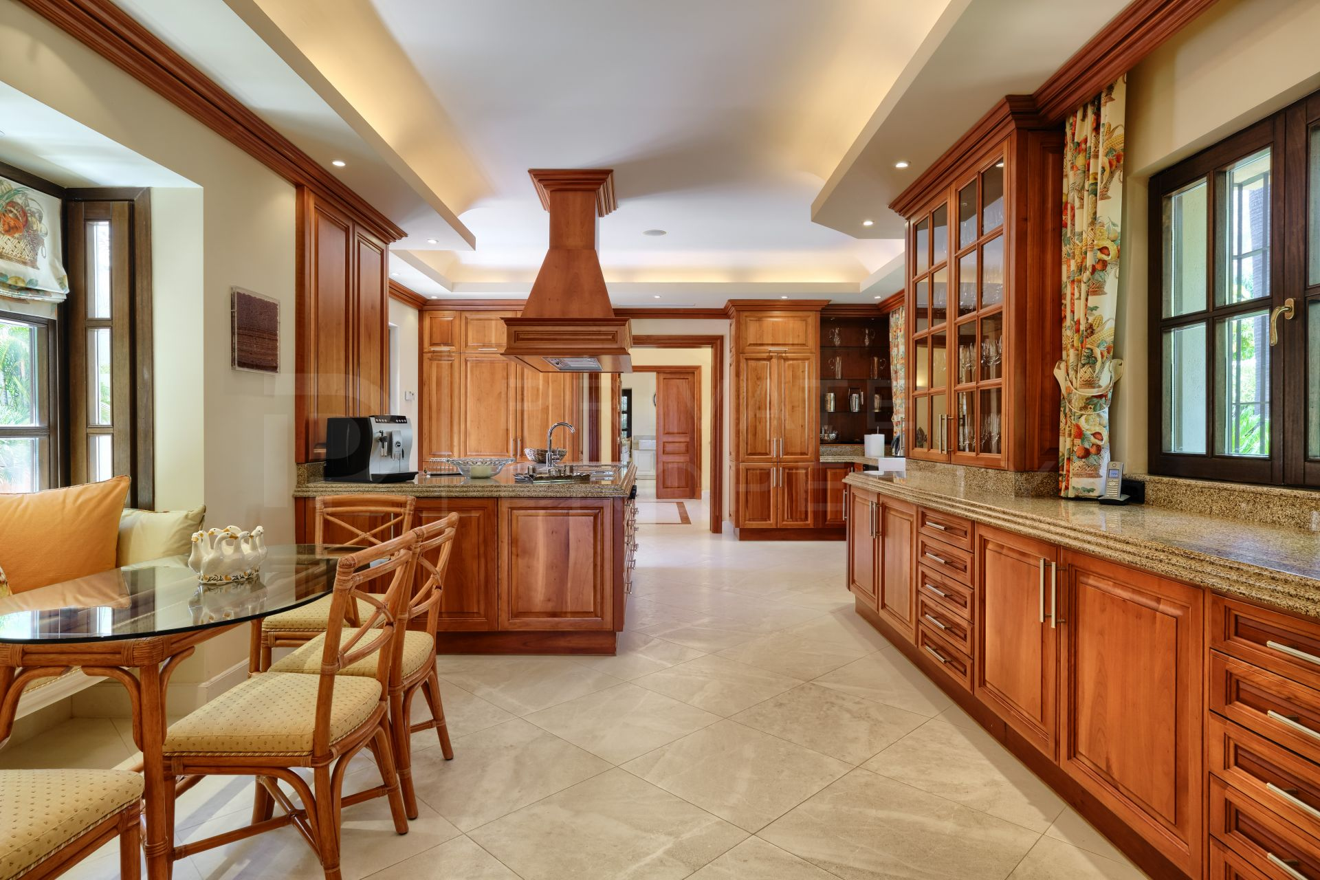 Classic villa on the Golden Mile
