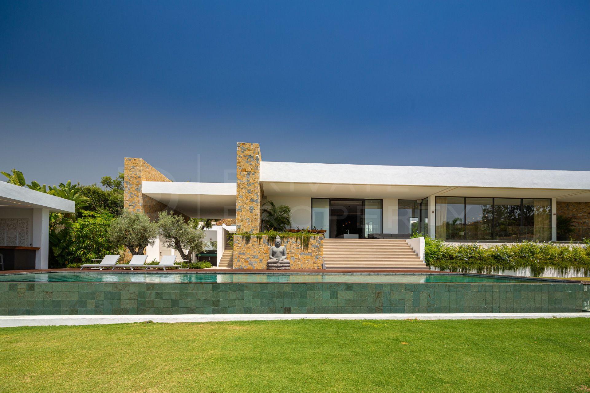 Frontline golf villa in Marbella Club Golf
