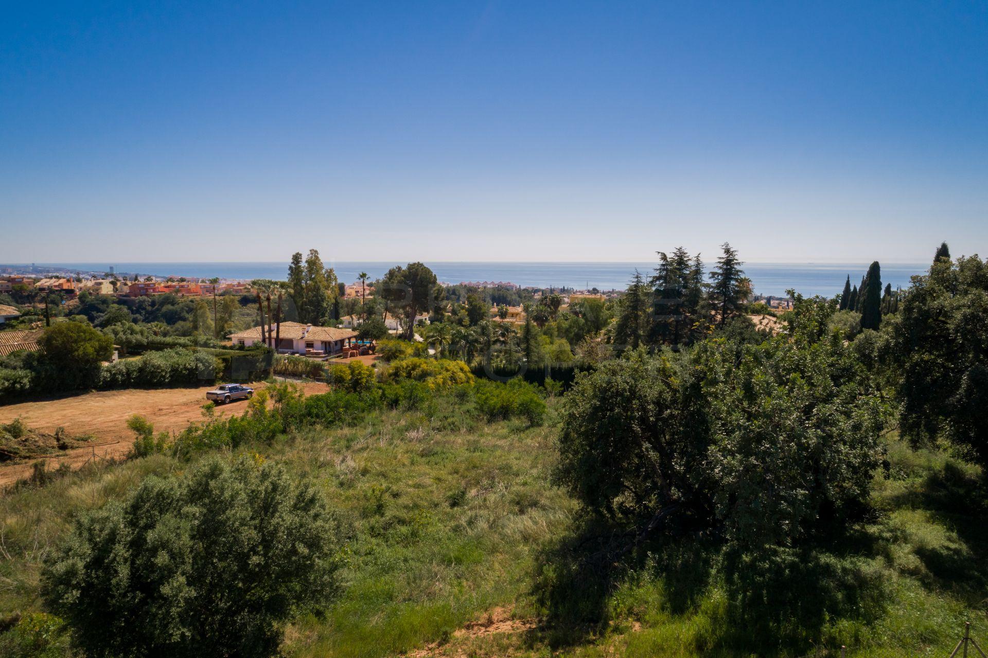 Plot with sea views in Sierra Blanca
