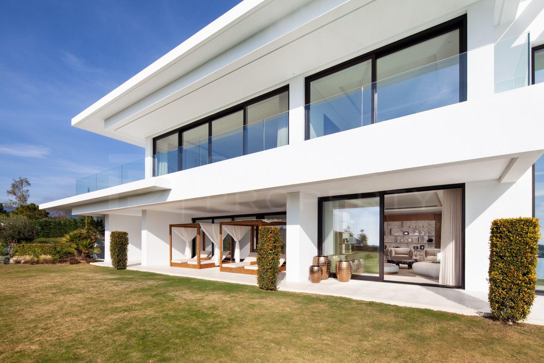 Stunning contemporary villa in La Zagaleta