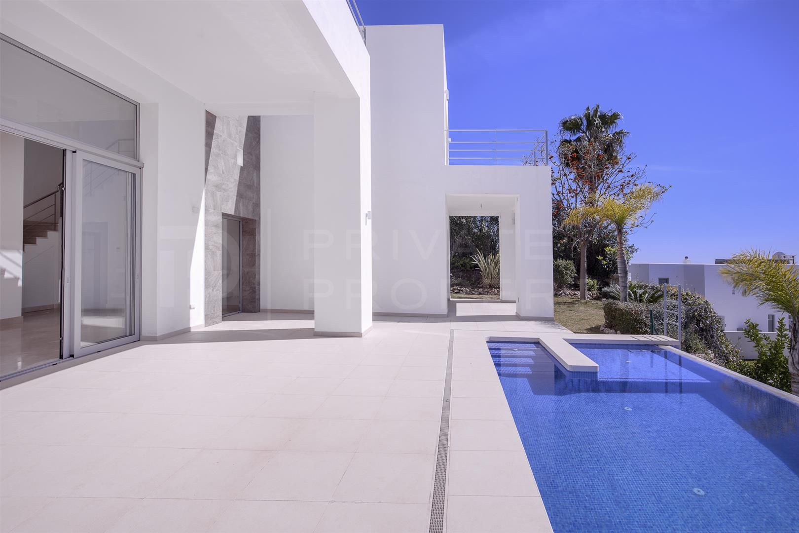 Contemporary villa in El Capitan, Benahavis