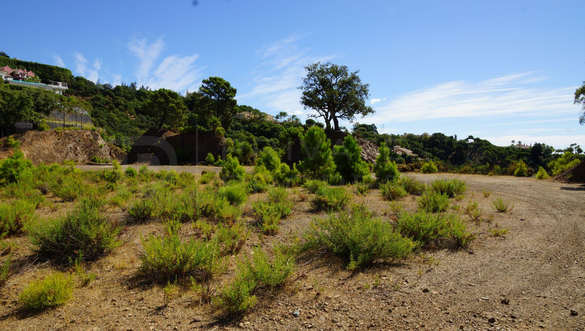Plot with panoramic views in La Zagaleta