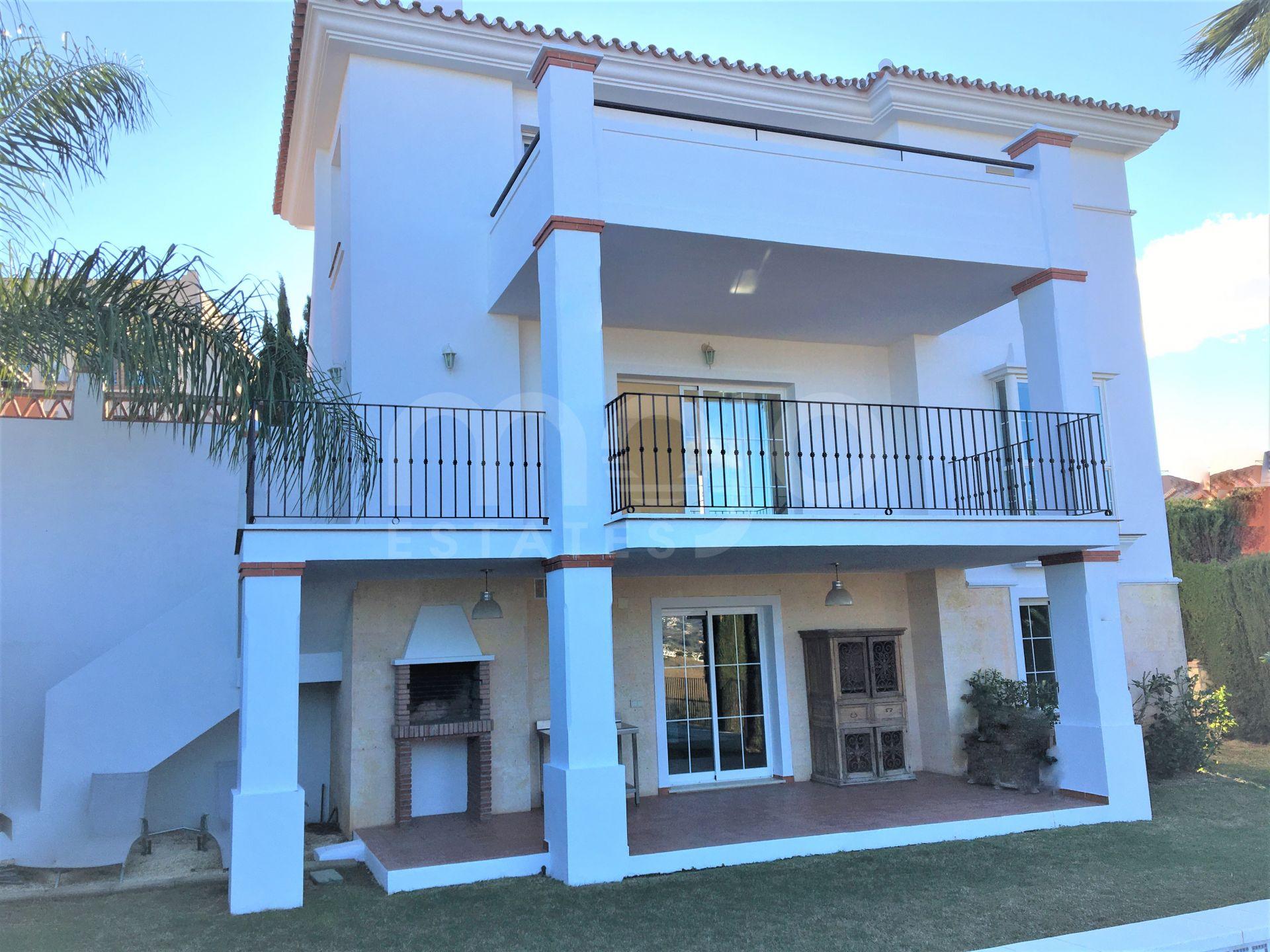 Villa till salu i Cerros del Aguila, Mijas Costa