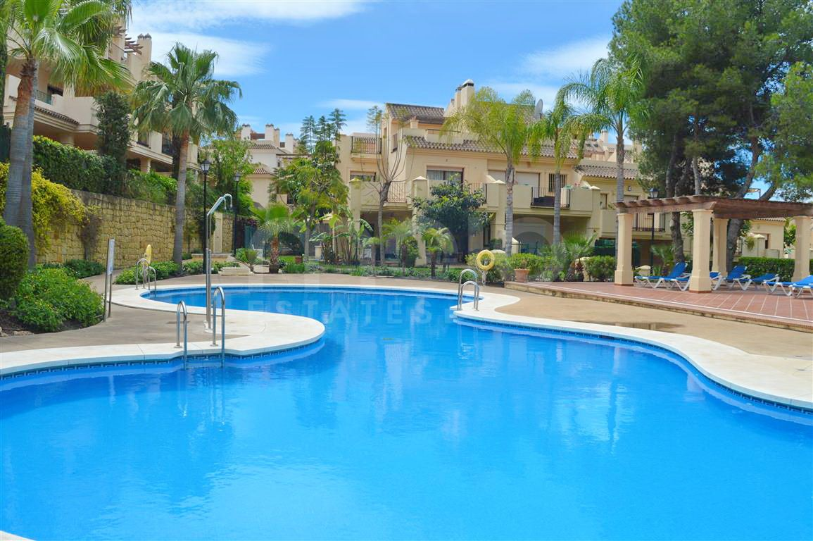 Beautiful townhouse for sale in Nueva Andalucia, Costa del Sol