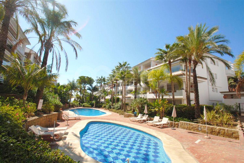 Appartement te koop in Beach Side Golden Mile, Marbella Golden Mile