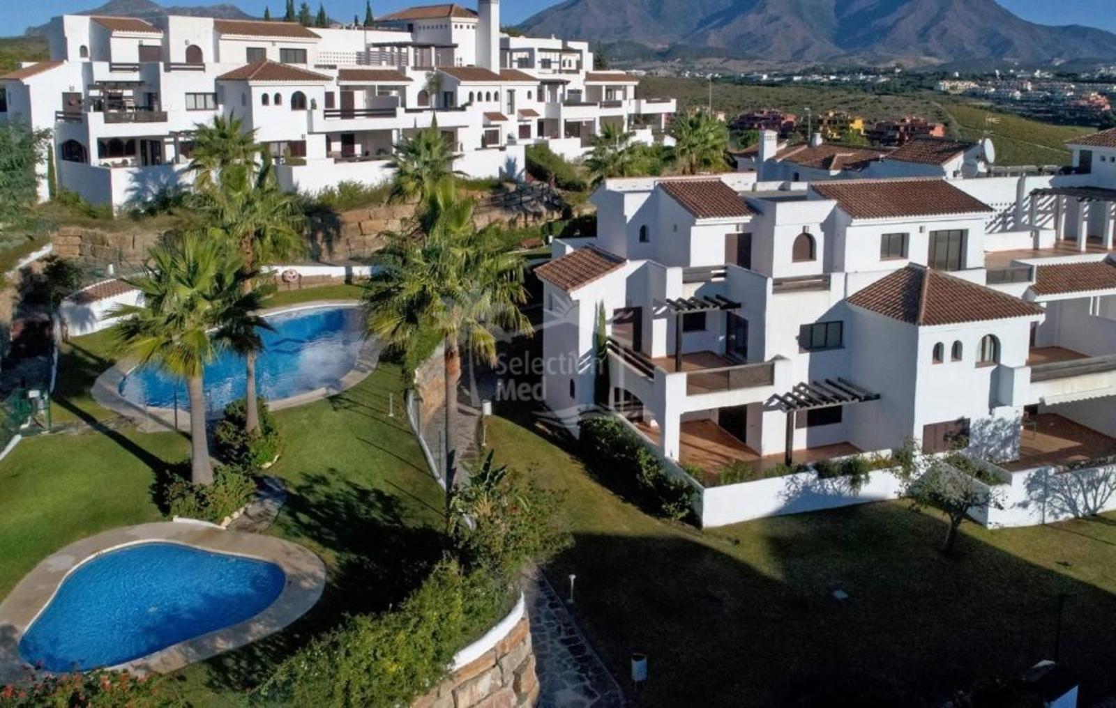 Penthouse in Doña Julia, Casares
