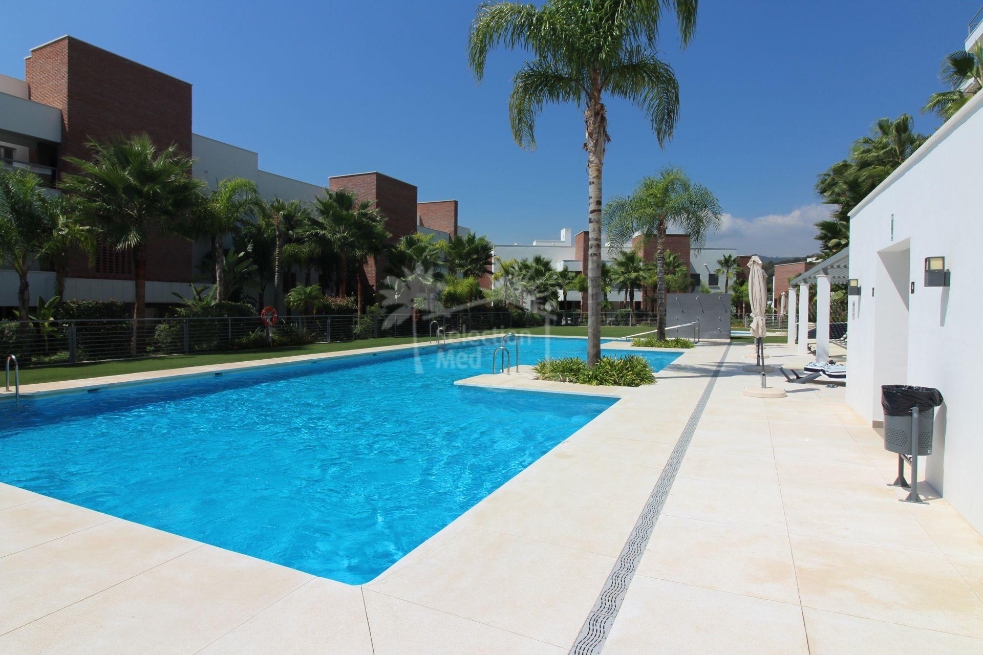 Apartment in Los Arqueros, Benahavis