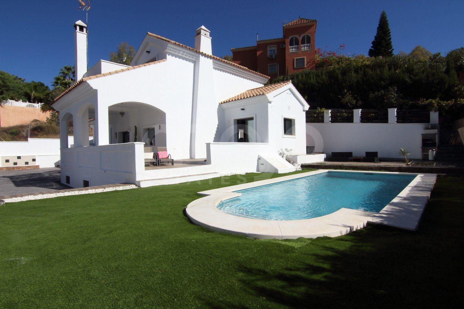 Villa reformada situada en entorno tranquilo