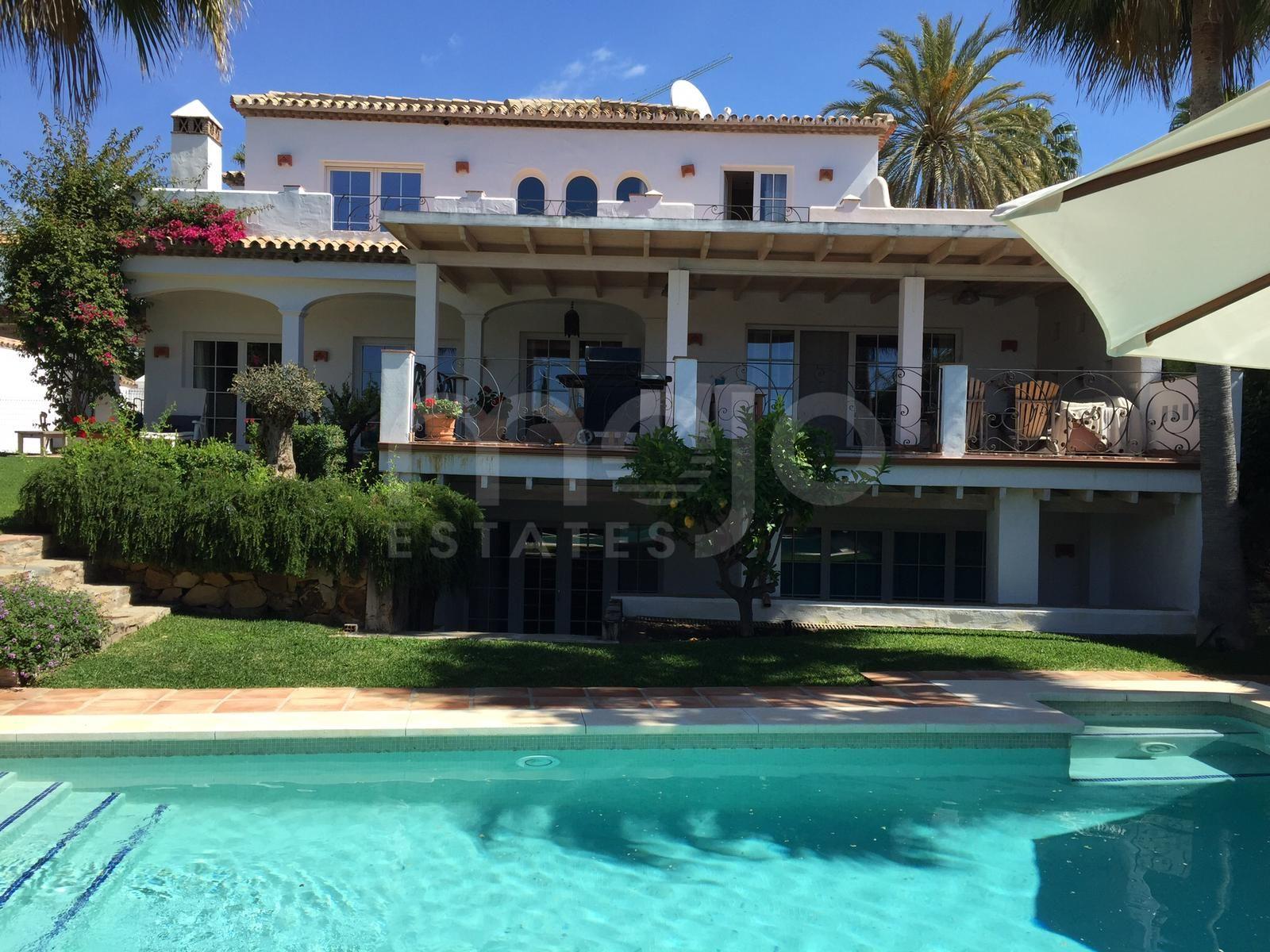 Villa à vendre dans Marbella Country Club, Nueva Andalucia