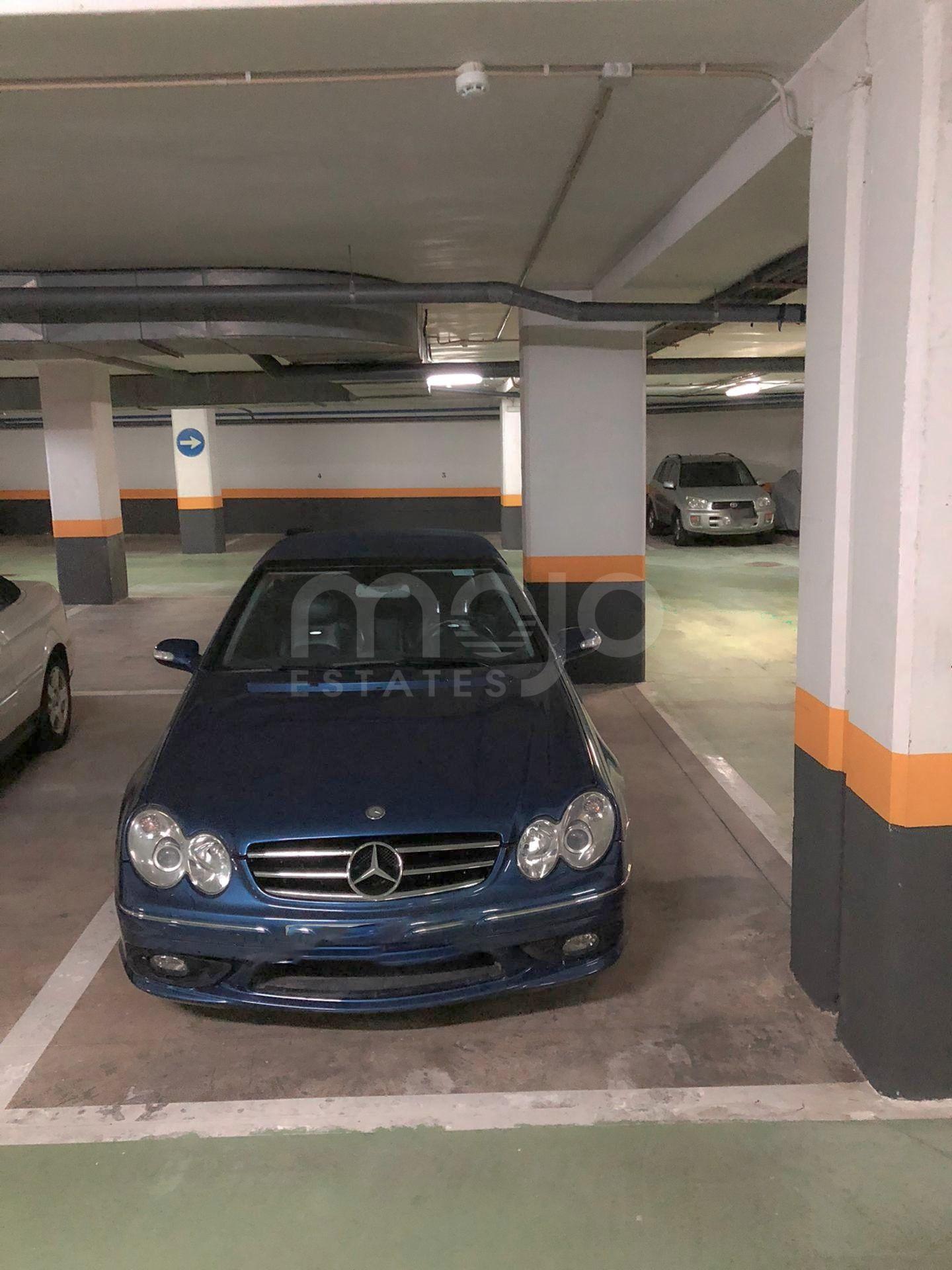 Plaza de parking en garaje céntrico