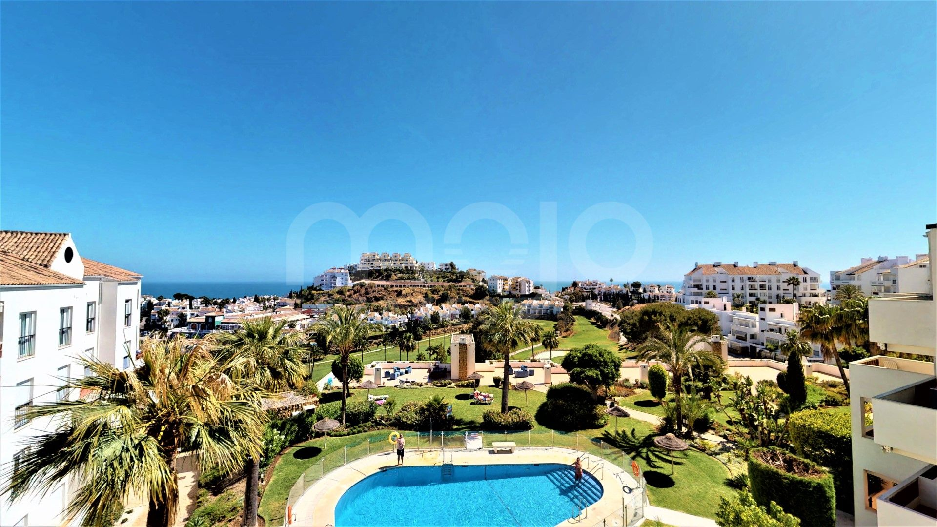 Duplex Penthouse for sale in Miraflores, Marbella