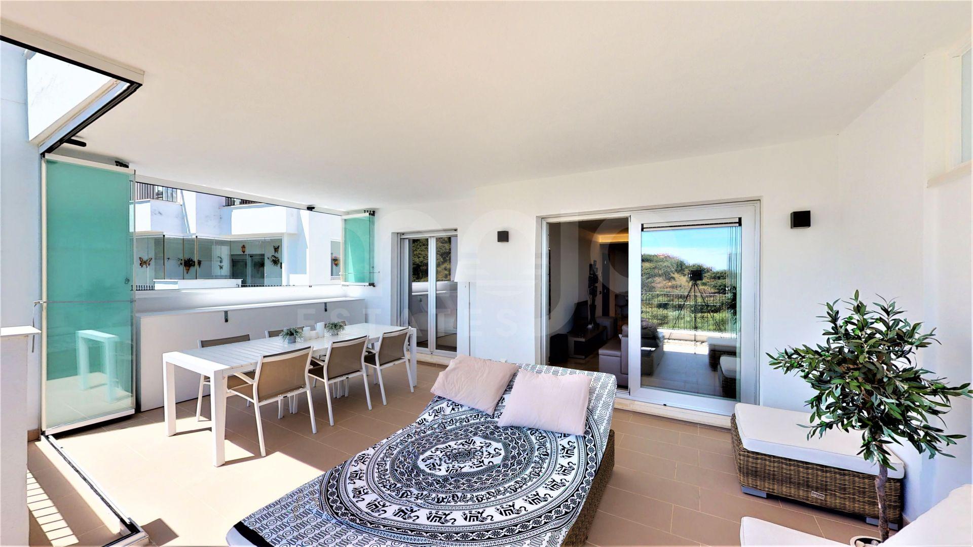 Apartment for sale in La Mairena, Marbella East