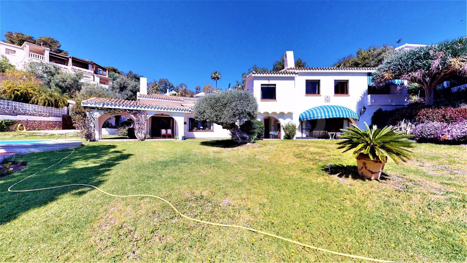 Villa à vendre dans Torremuelle, Benalmadena