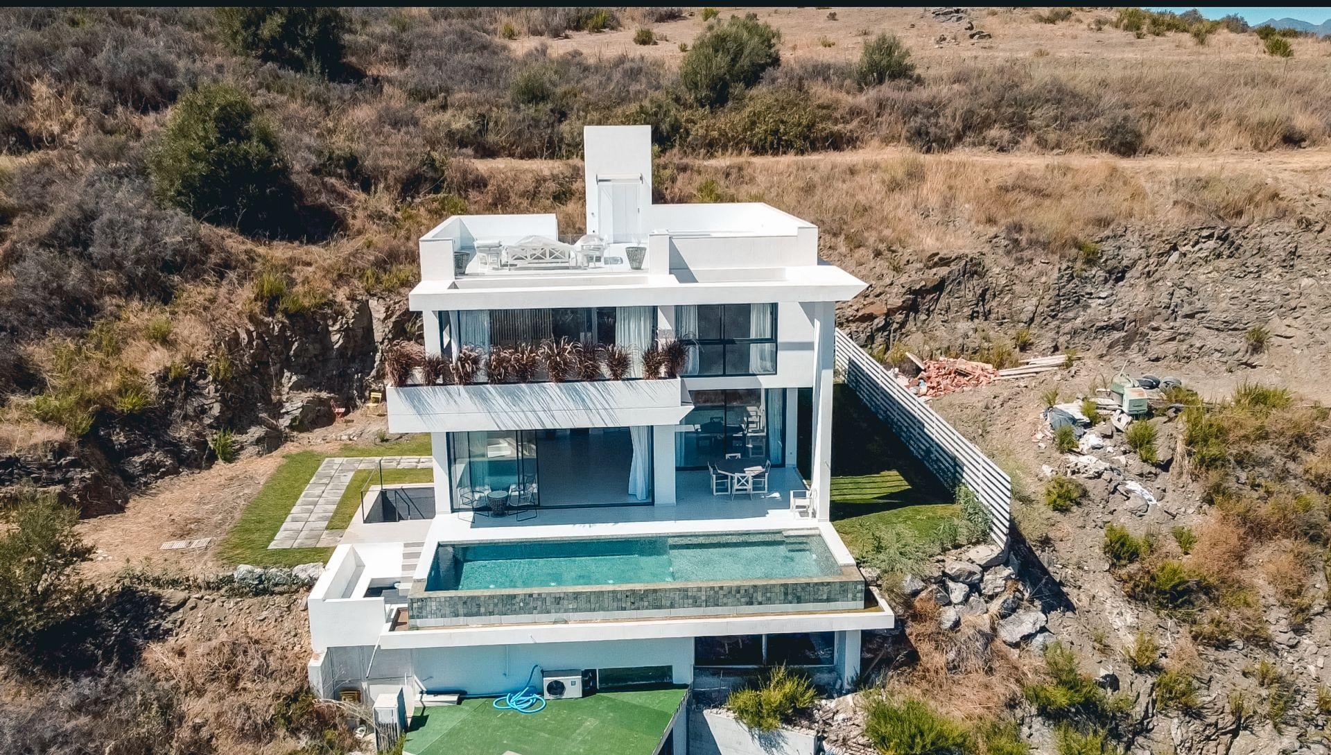 Villa en Cerros del Aguila, Mijas Costa