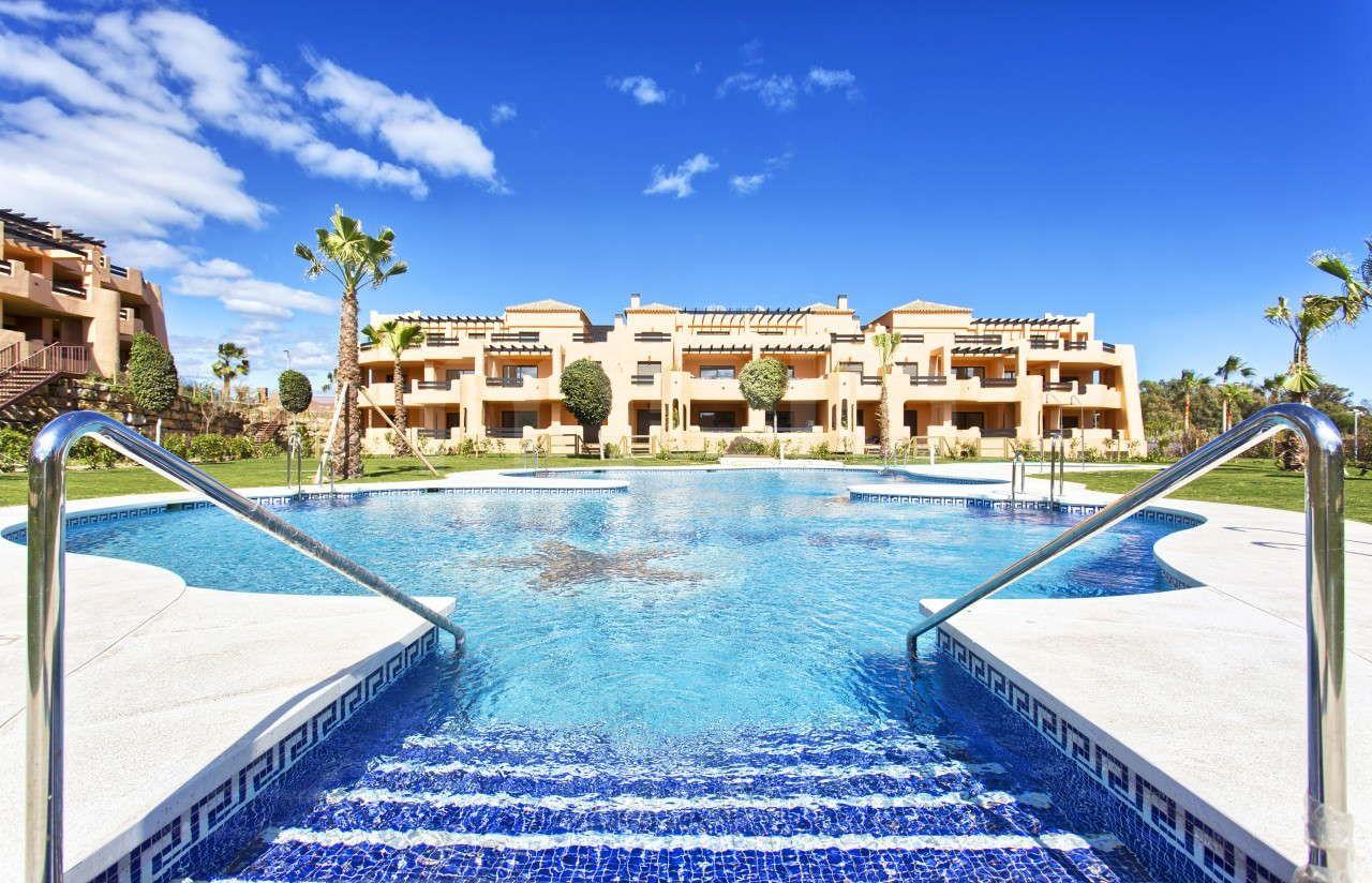 Corner apartment in Casares Beach - Doña Julia Golf Course