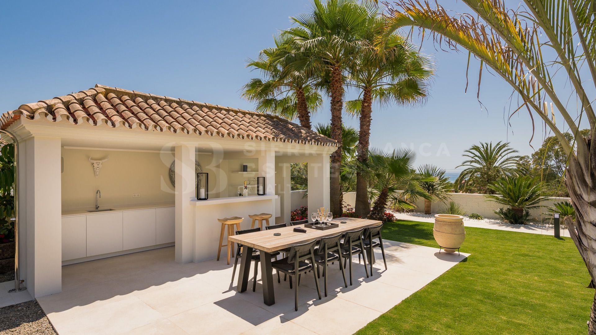 Beautiful Villa with Andalusian Design in Elviria