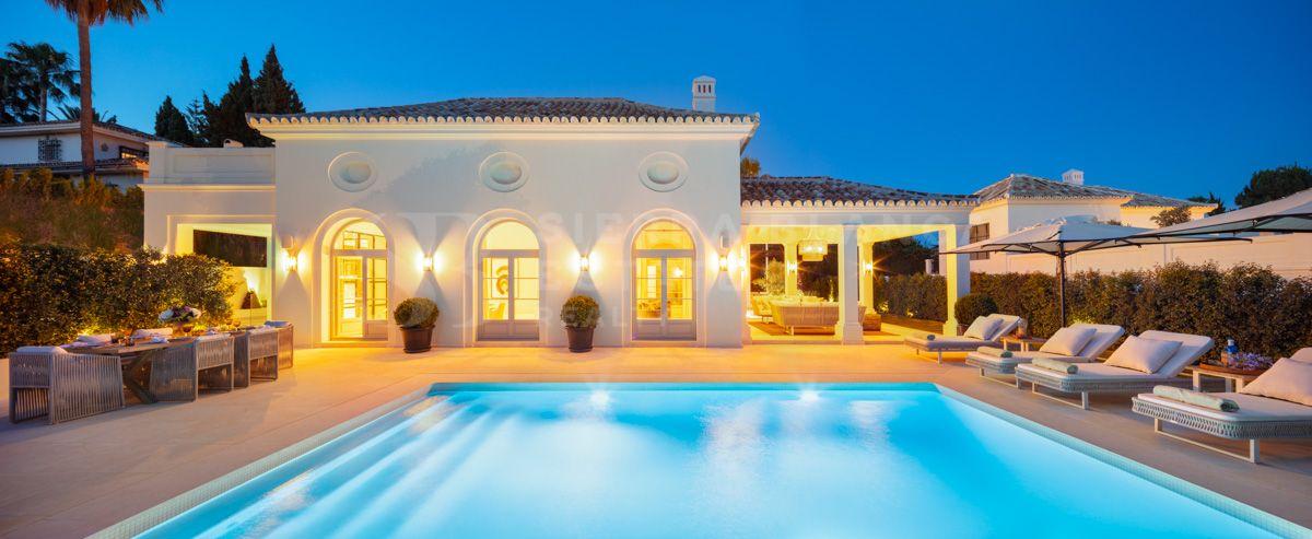Villa élégante de style resort à Nagüeles