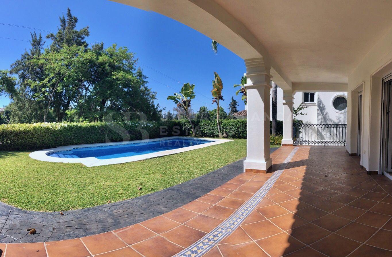 Villa tradicional en Guadalmina Alta