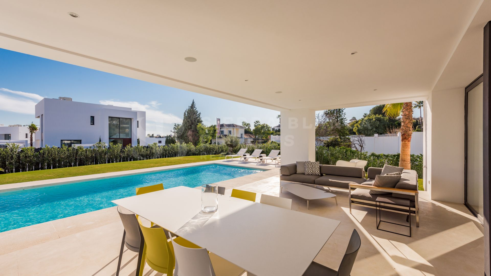 Stylish Contemporary Villa For Rent in Cortijo del Mar