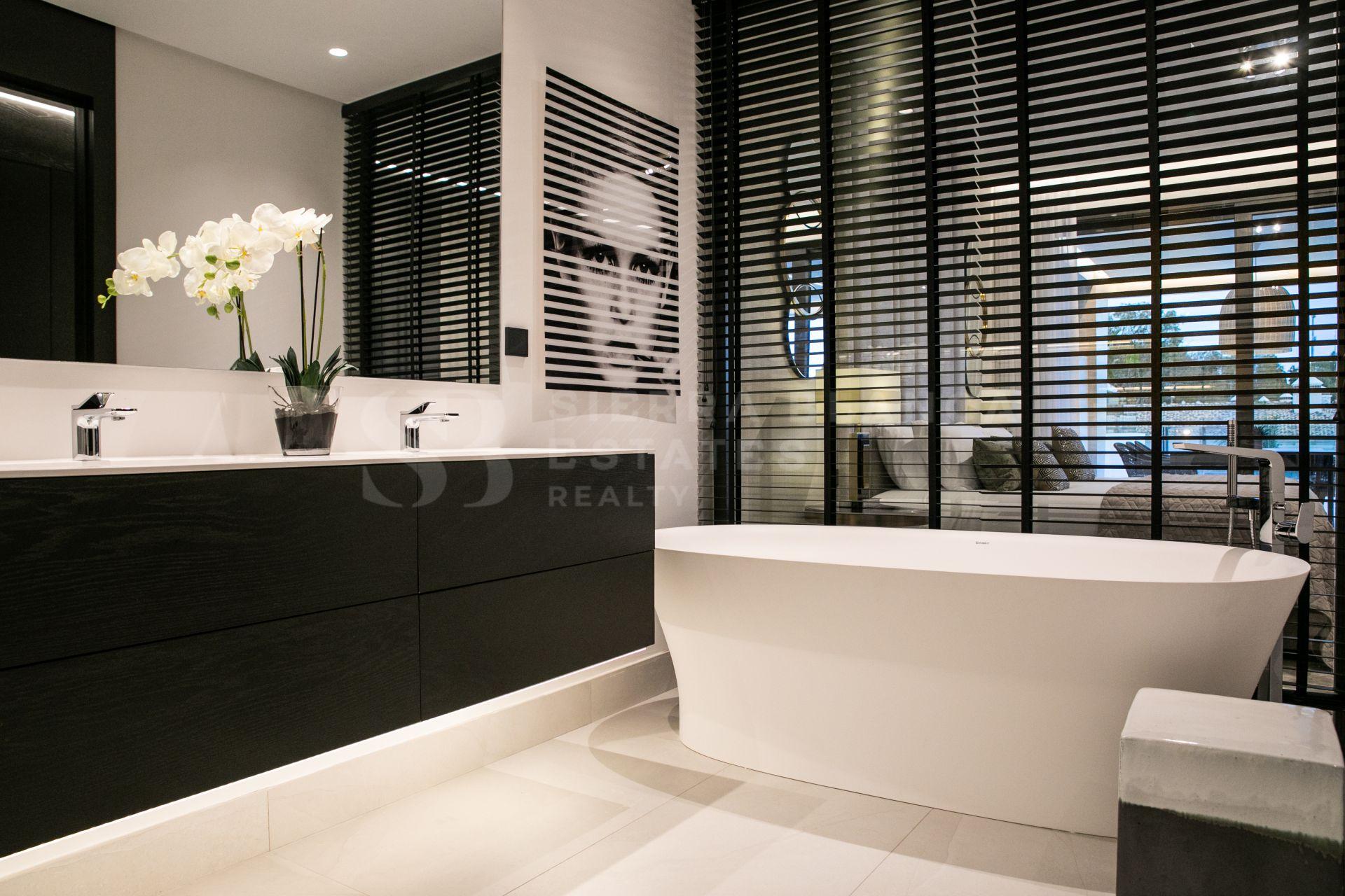 Luxury and Exclusive Duplex Apartment in Epic Marbella