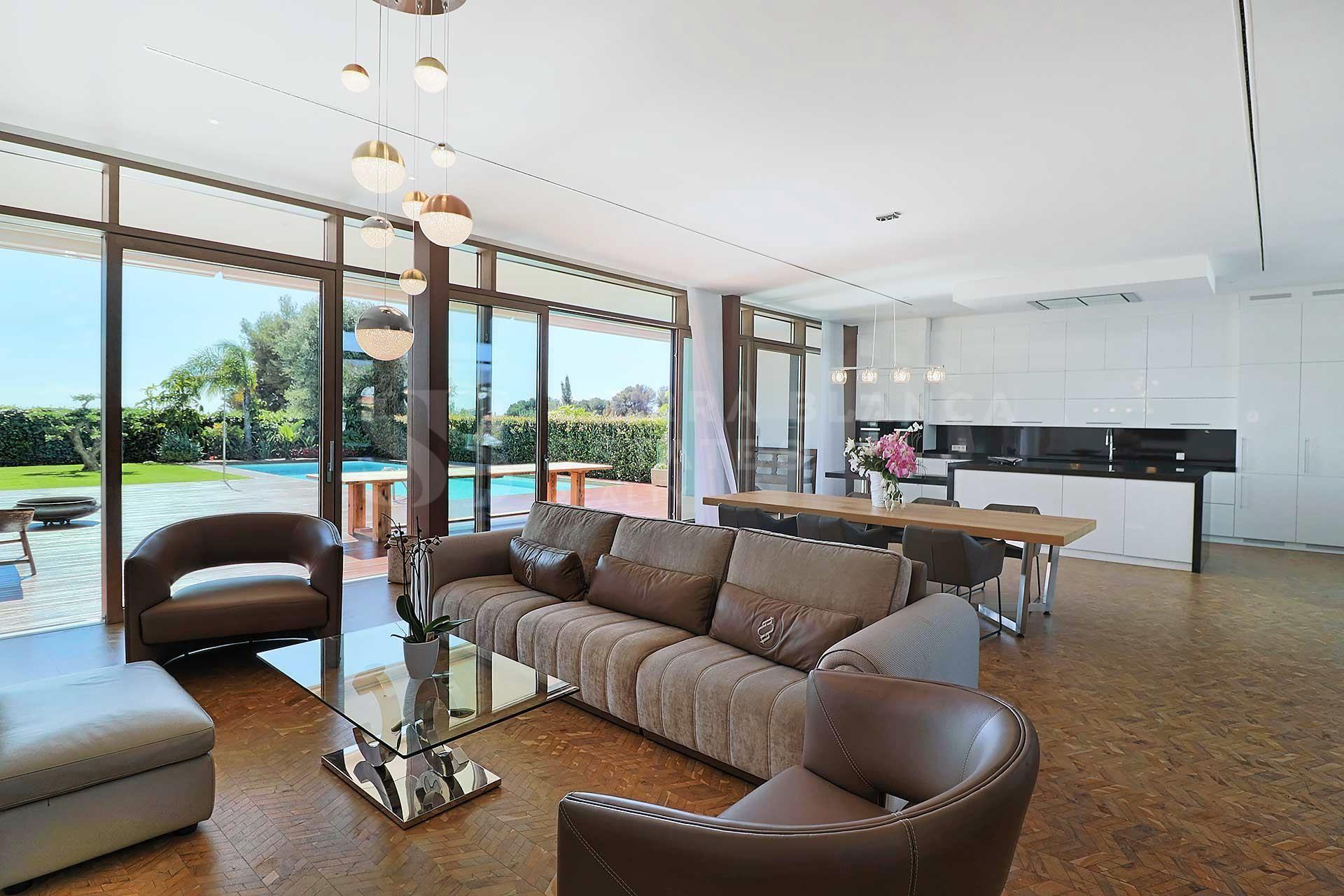 Villa Contemporánea a un Paso de Puerto Banús
