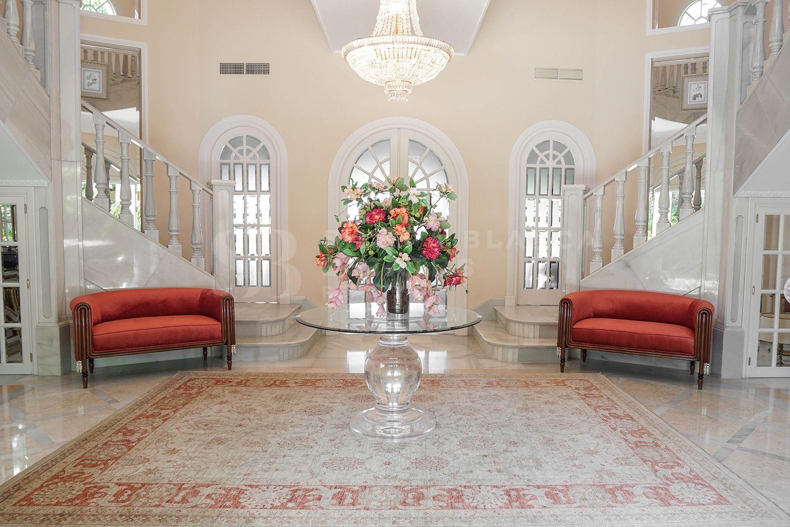 Elegant villa in El Paraíso