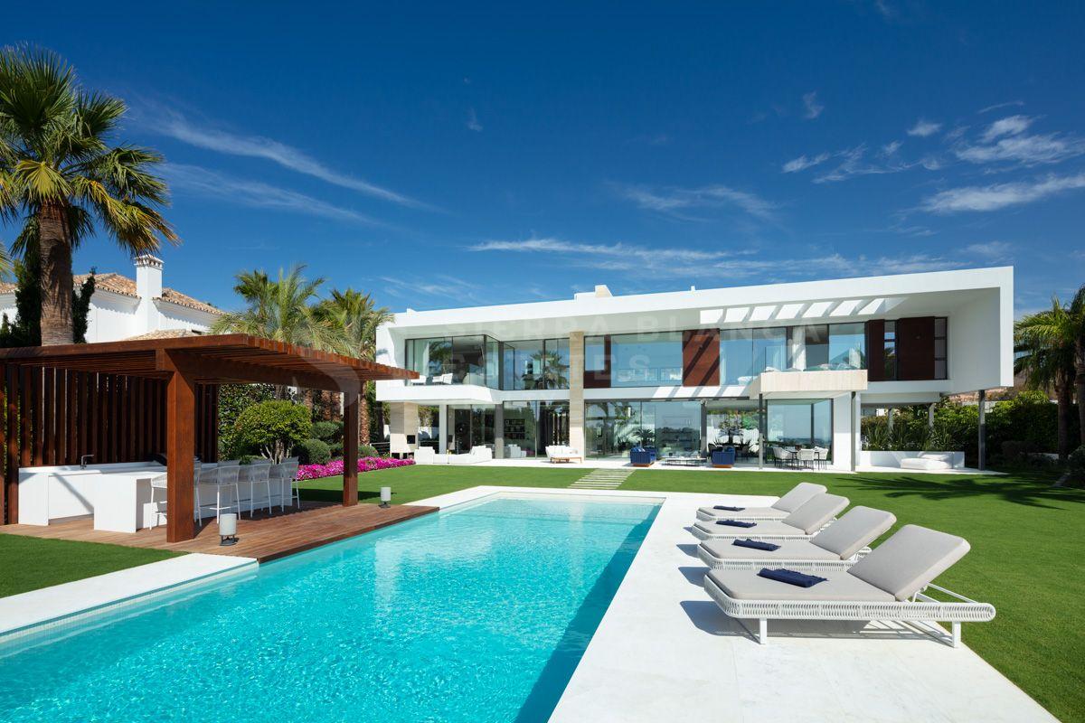 A Remarkable Contemporary Villa with Sea Views in Nueva Andalucia