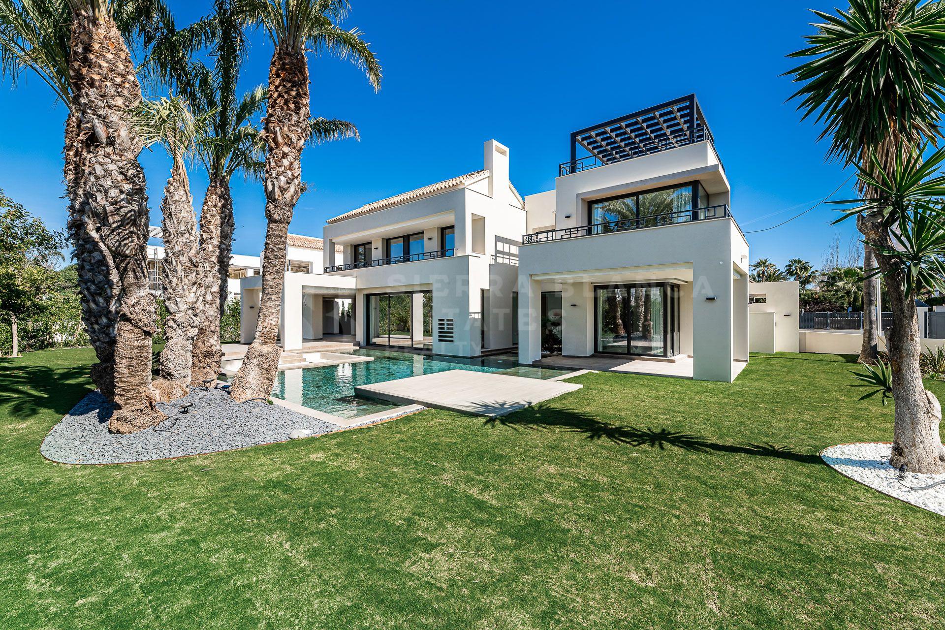Impresionante Villa de Lujo en Casasola / Guadalmina Baja