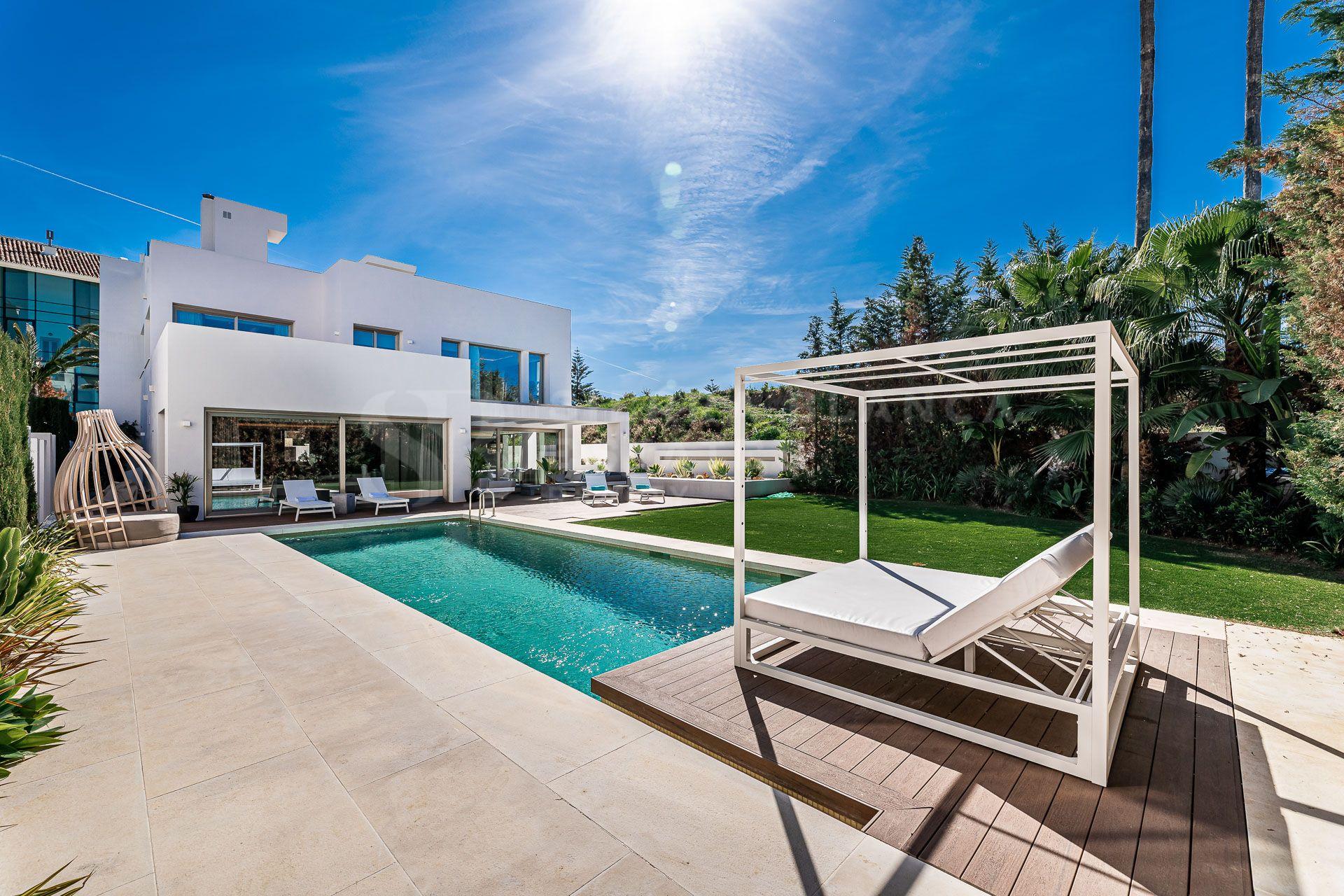 Modern Villa Just a Few Steps From the Beach