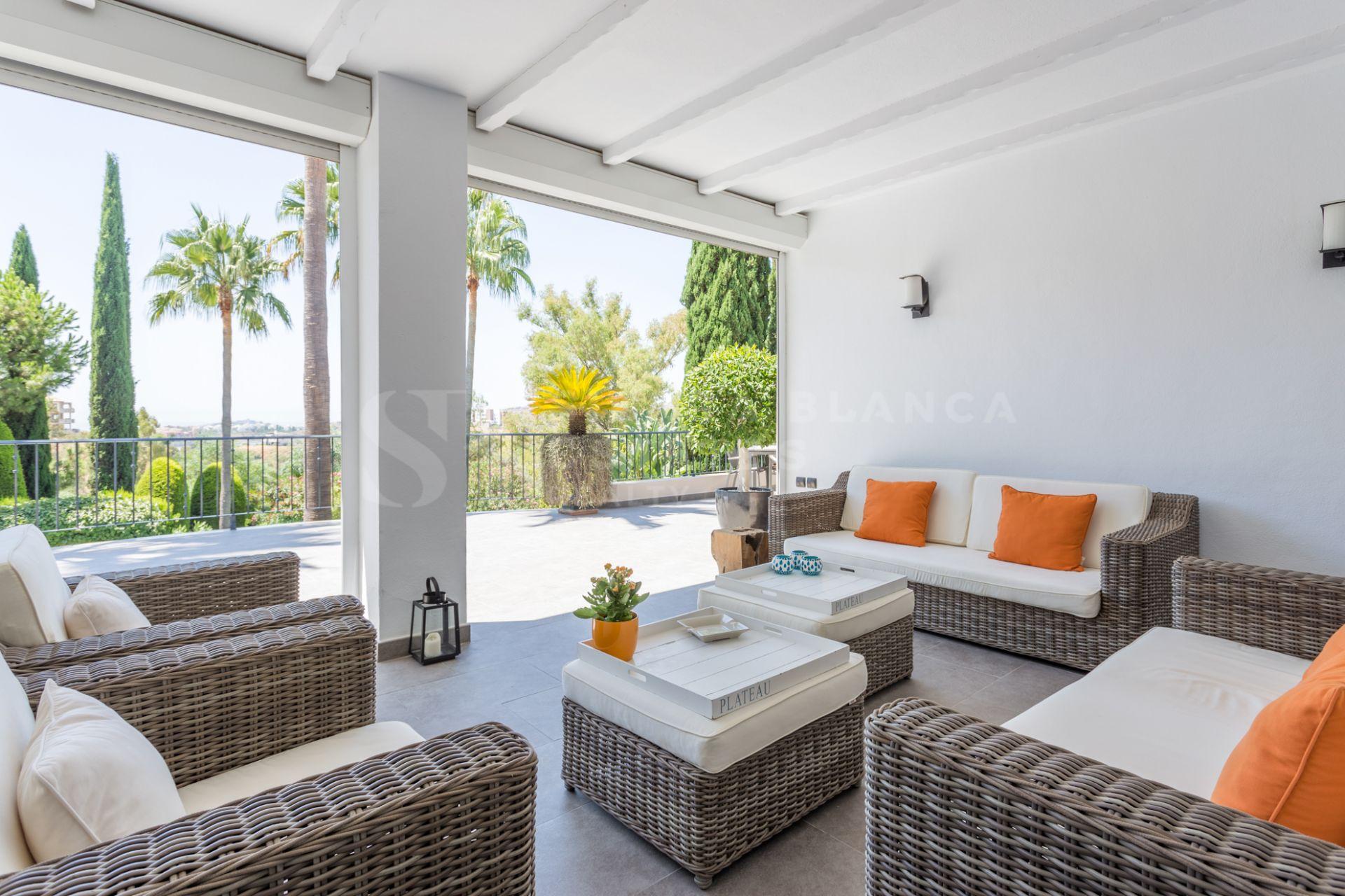 Preciosa villa de estilo andaluz en Puerto del Almendro
