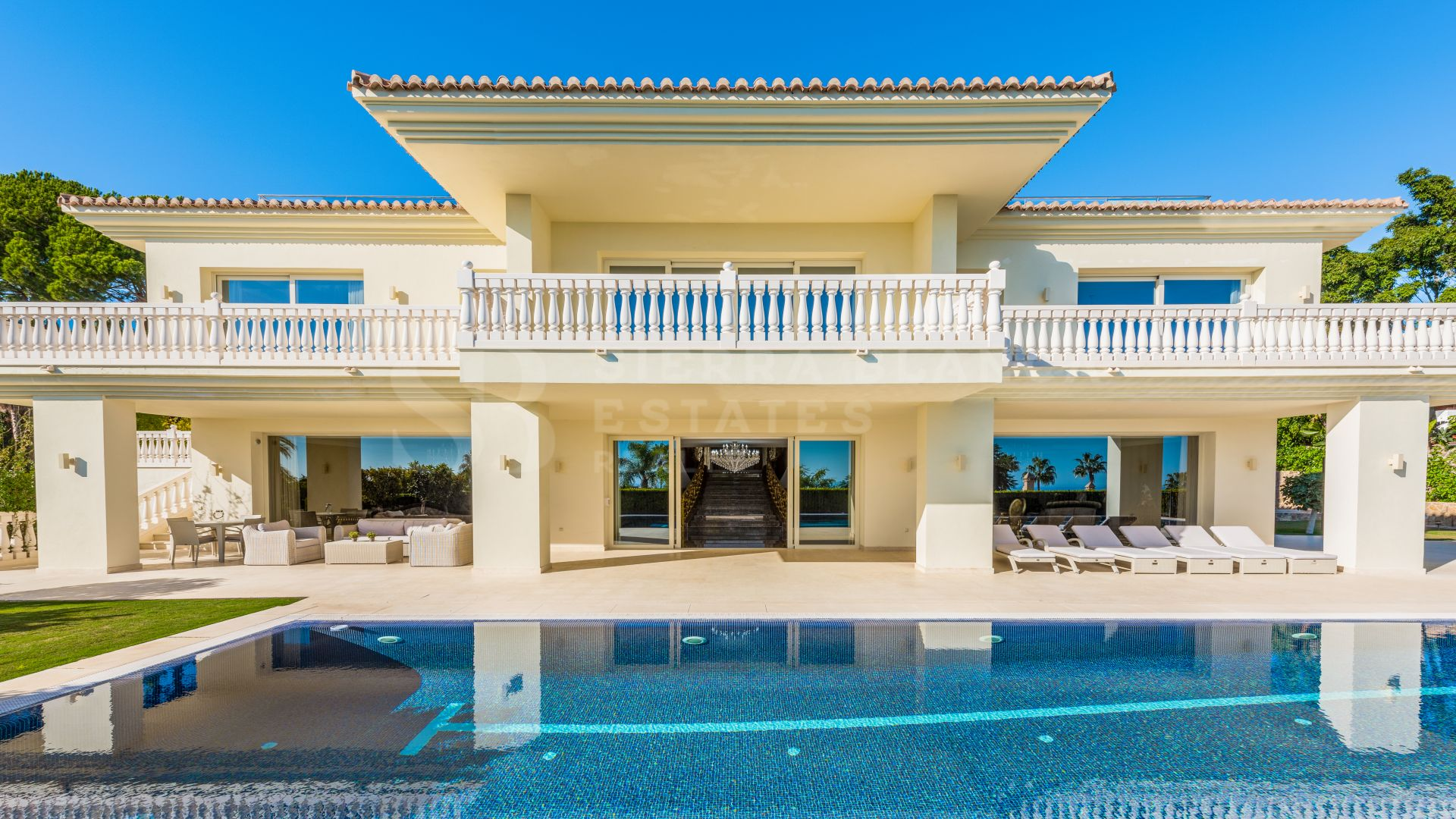 Luxurious Classical Villa for Sale and For Rent in Sierra Blanca