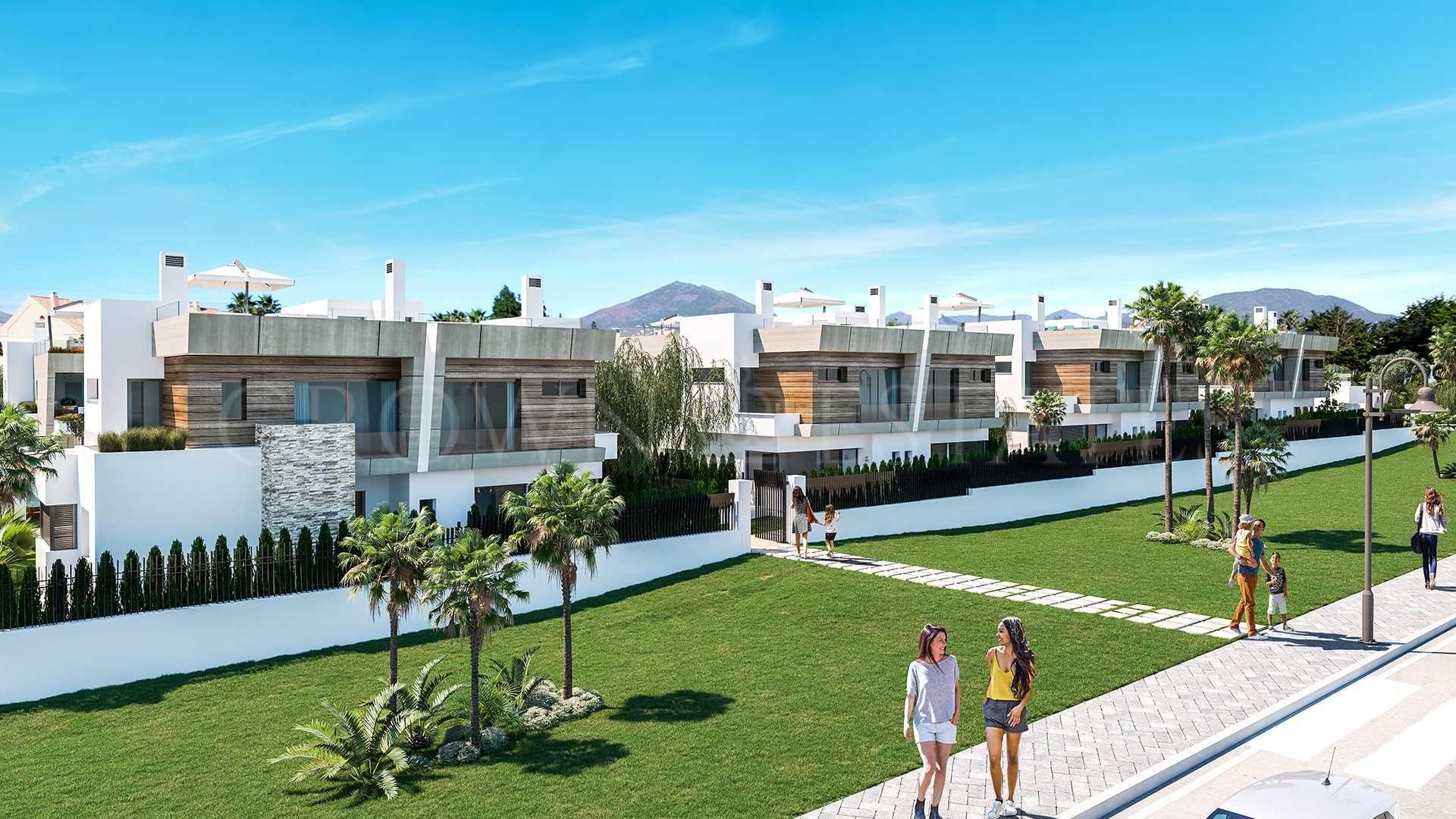 Puerto Banús Beachside modern semidetached villas