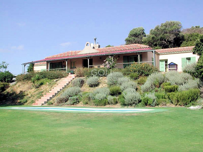 Country house with great views in San Martin del Tesorillo **Long term rental as of 15 of September**