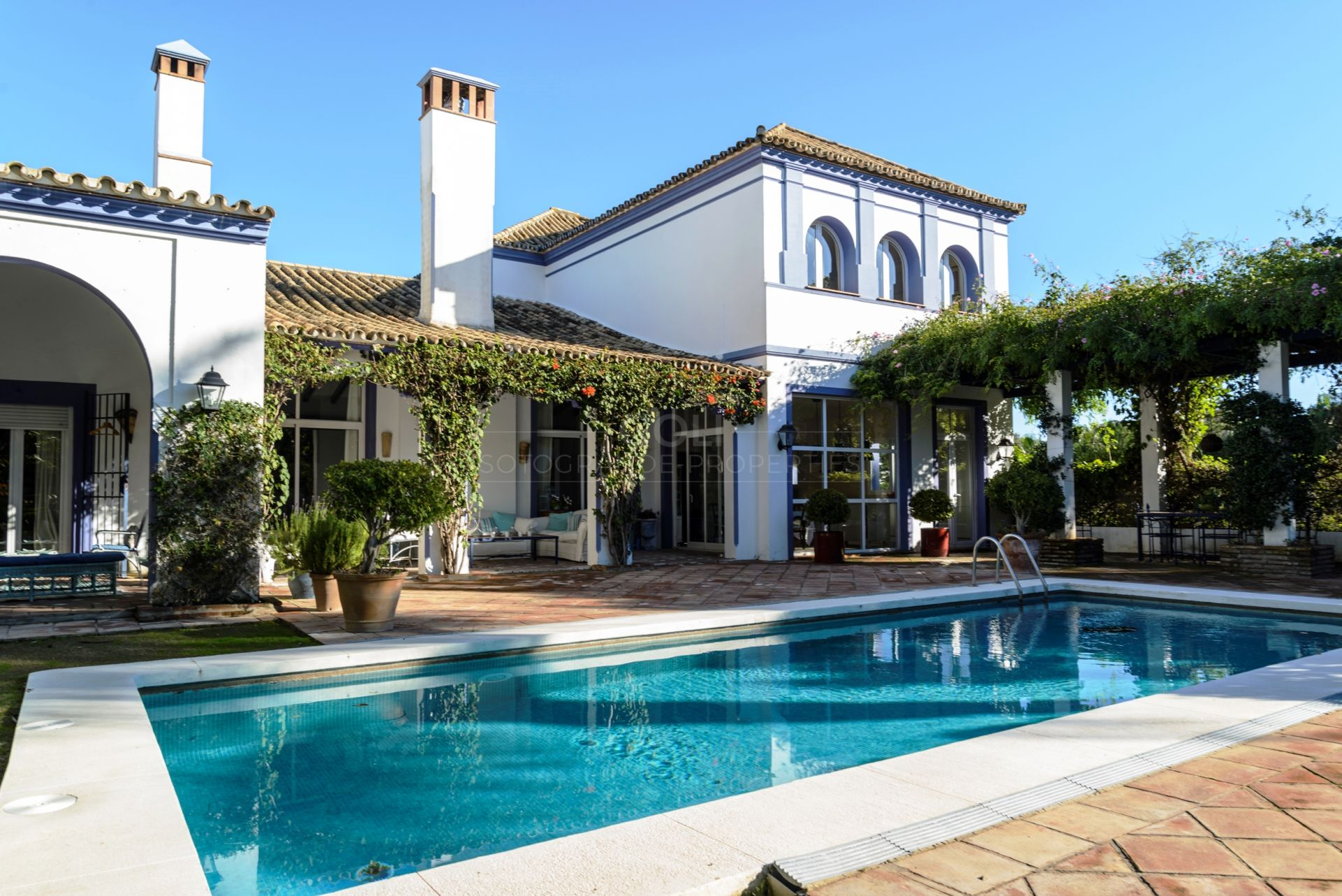 Villa for sale in Zona B, Sotogrande