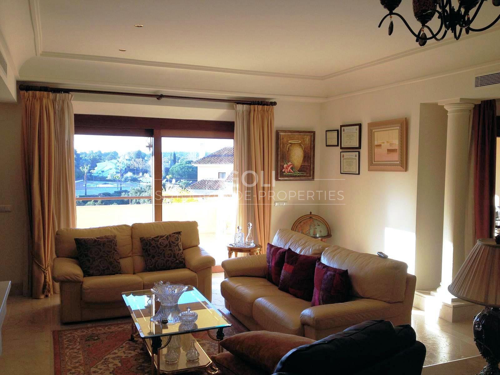 Spacious apartment in Valgrande