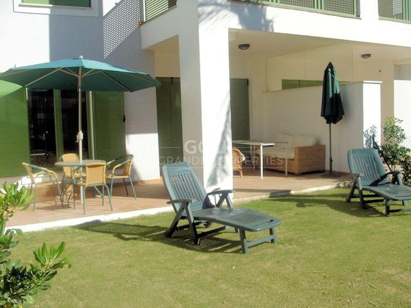 Apartment with private garden on Sotogrande Marina