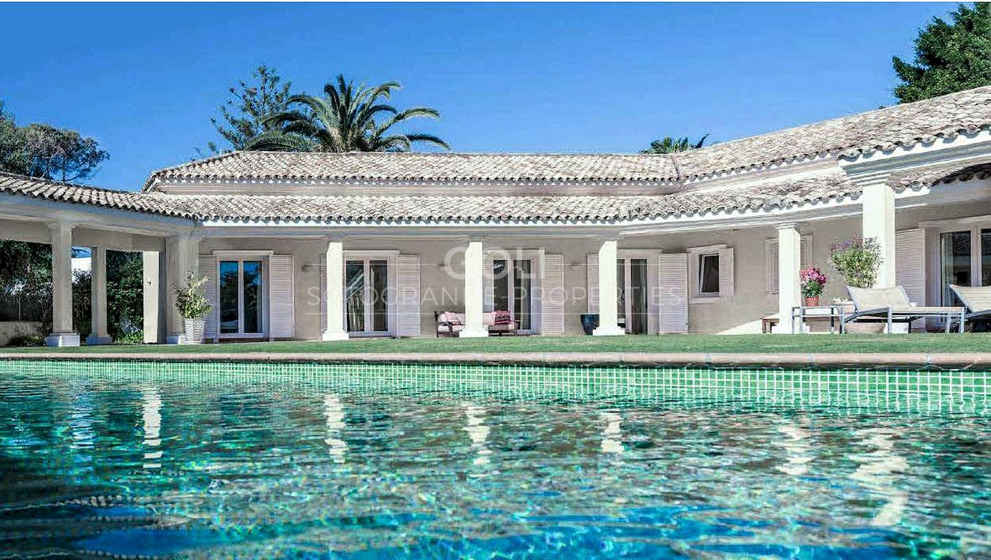 Fabulous villa in the best area of Sotogrande, on prestigious Kings & Queens