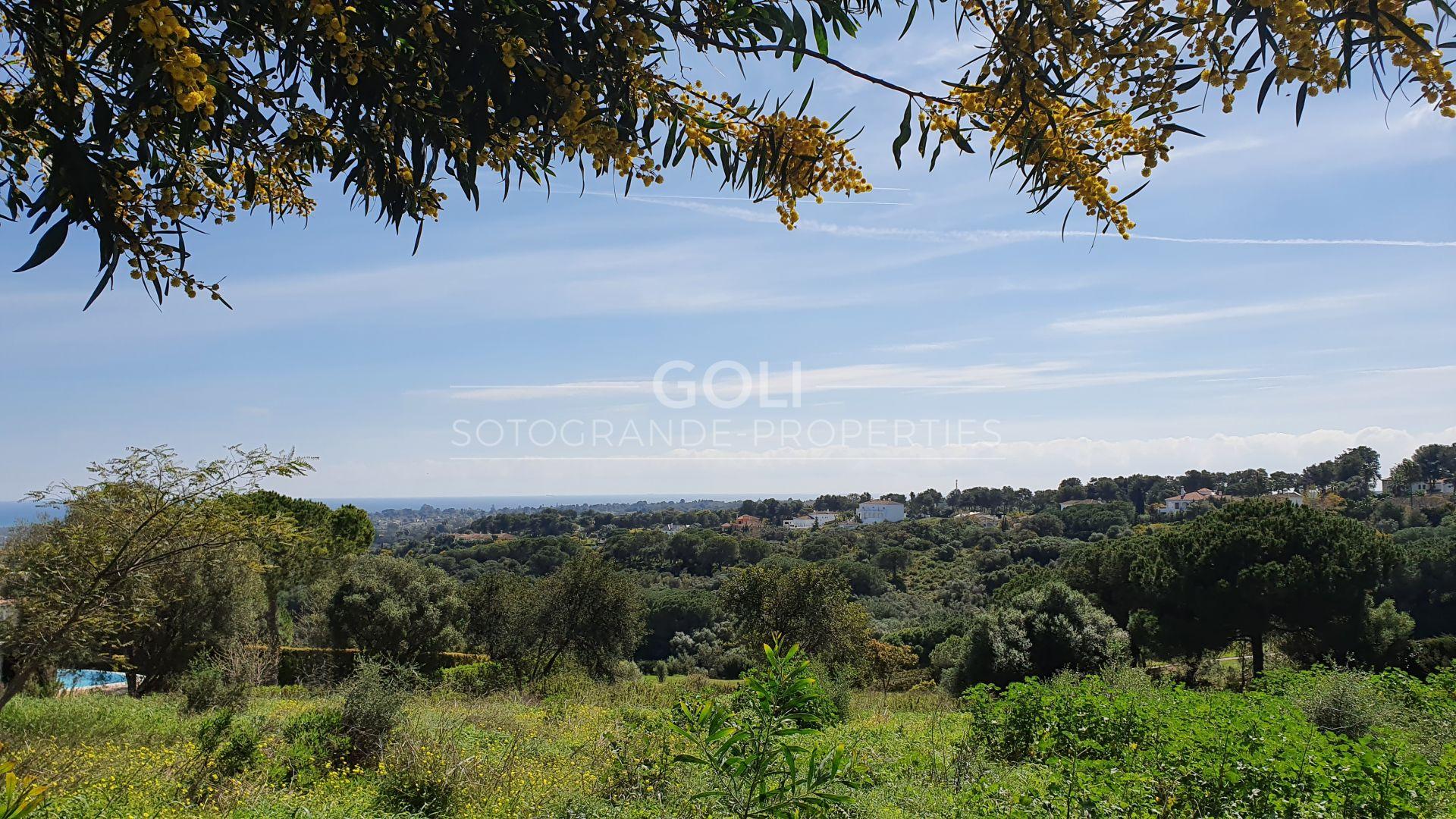 Plot in La Reserva, facing golf course