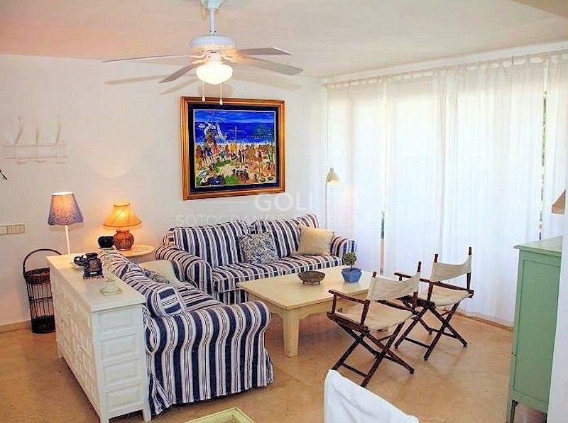 Bright apartment close to the beach