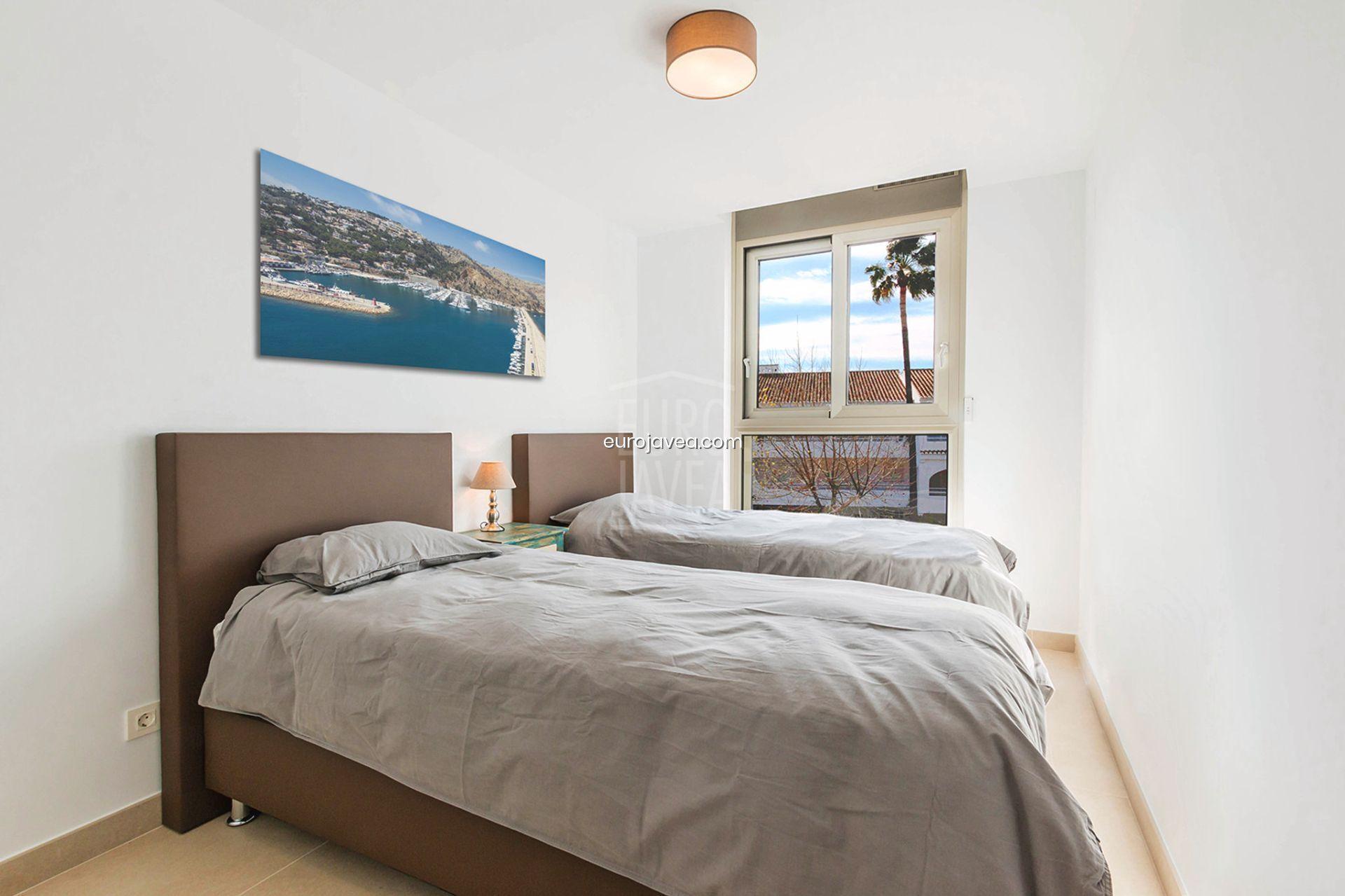 Apartamento con vistas al mar en alquiler vacacional en Montañar I